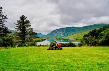 Best Mower For 1 acre Buyers Guide Review